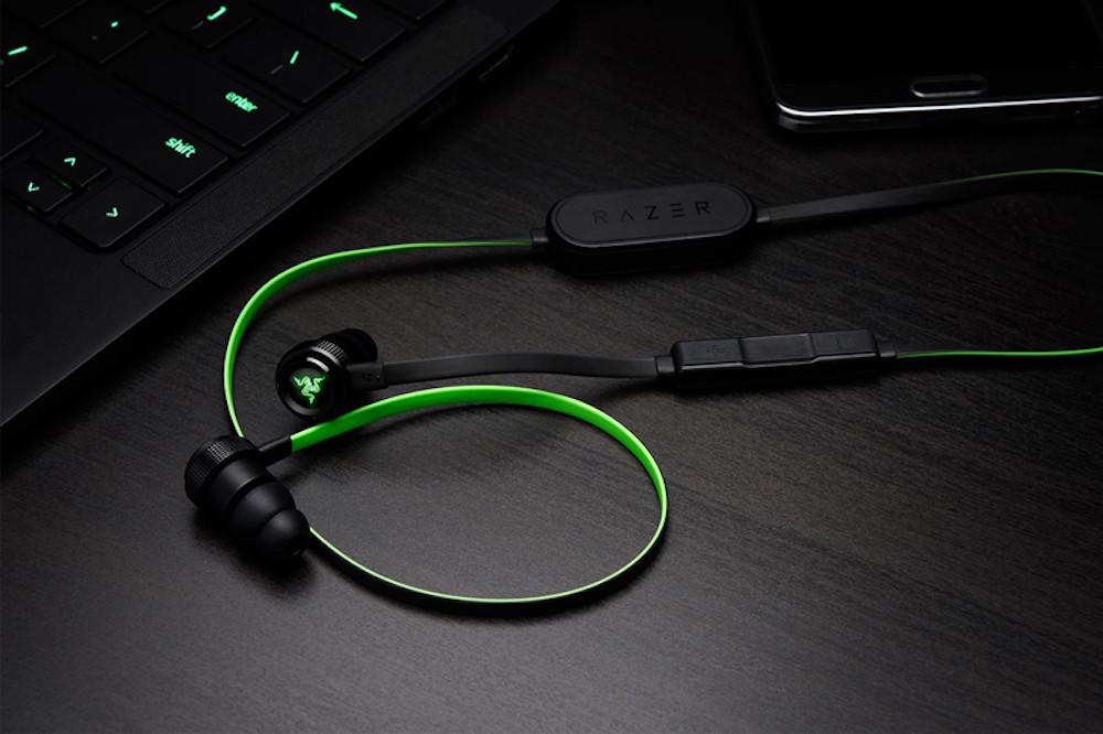 雷蛇新推 lightning 接口和蓝牙连线双版本入耳式耳机