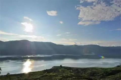 旅游方向标: 丽江不仅有泸沽湖, 还有感悟人生的好地方程海