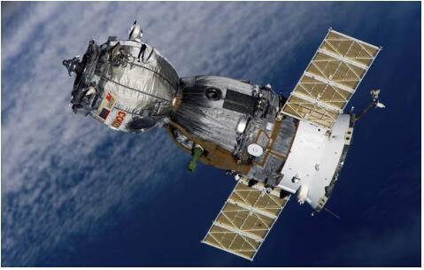 """俄新一代""""联邦""""载人飞船将于2022年首次发射"""
