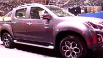 汽车: 国产皮卡也能挑战猛禽了2017年五十铃D-Max