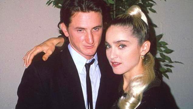他2次獲得奧斯卡影帝, 和麥當娜結過婚, 幾乎泡遍所有好萊塢女神