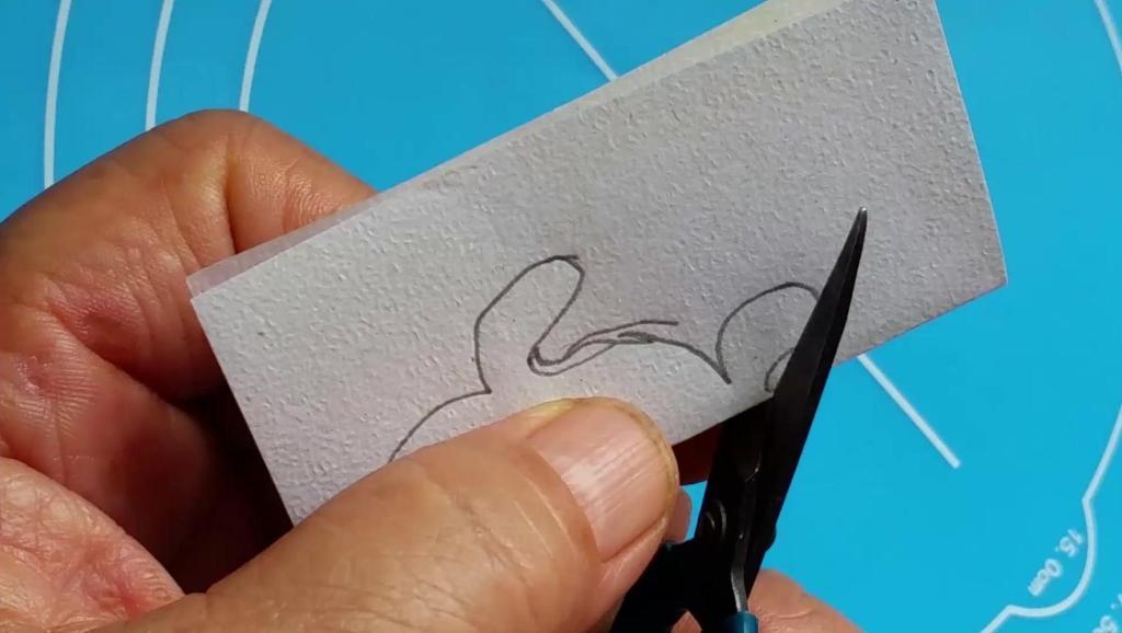 趣味儿童手工剪纸大全之小鱼的做法