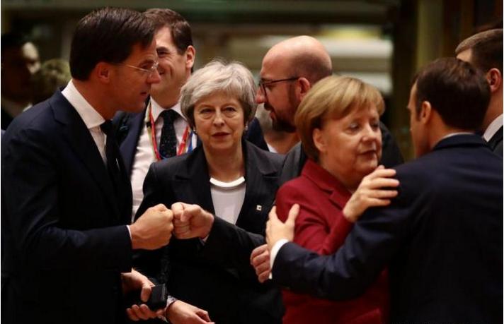"""彻底成国际笑柄!无视特朗普警告,欧洲""""空前团结"""":拒绝响应封杀令!"""