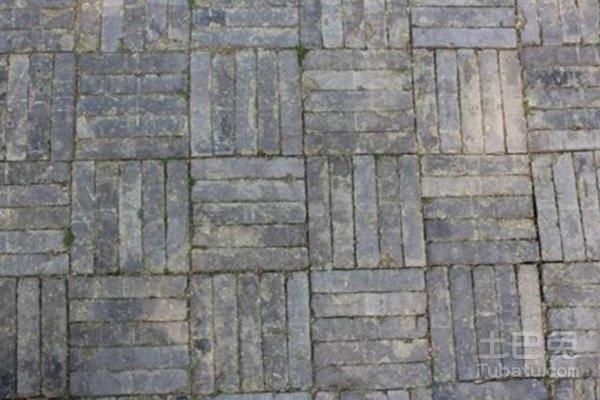 广场砖:适用于地面的普通广场砖,适用于屋顶的屋面砖,适用于室内的