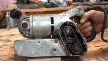 1950年的打磨机被翻新,他的老古董真不少