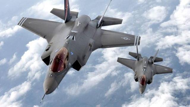 22国卷入其中却拒绝开火, 俄: 白宫急了 数百架战机包围委内瑞拉,