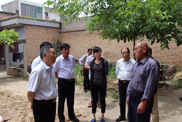 市政协领导到孟津县白鹤镇调研精准扶贫工作