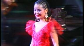邓丽君在日本演唱会_邓丽君 日本东京nhk演唱会 答谢观众