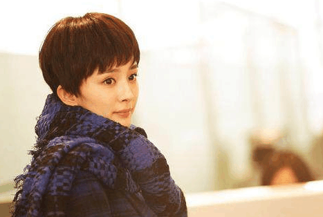 郑爽赵丽颖短发照片分享展示图片