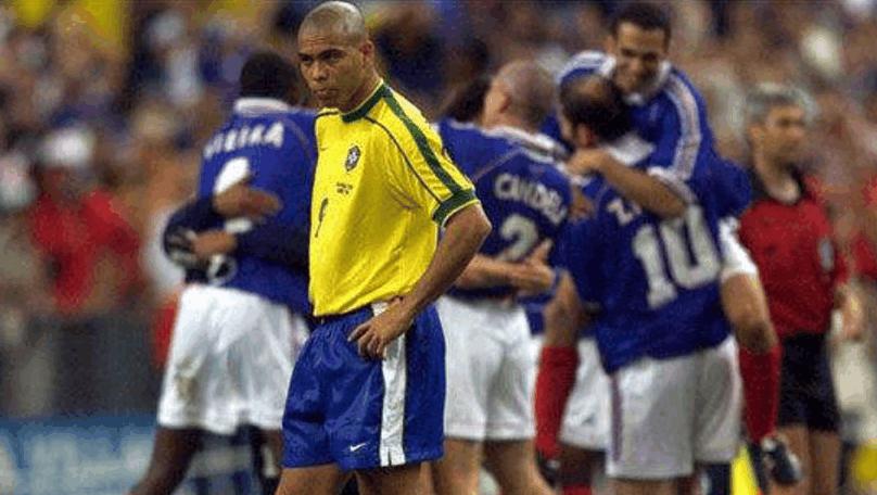 世界杯最离奇的一场比赛法国对巴西,大罗为何全场隐身成疑问
