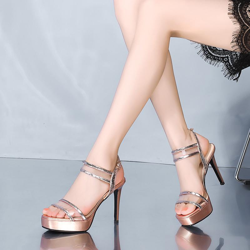 这样漂亮的根根鞋, 时尚不累脚, 适合爱穿裙子的你(图5)