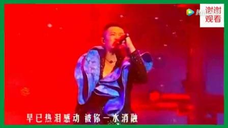 凤凰传奇-自由飞翔 2011北京奥体演唱会现场版