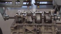 一个工程师,一台发动机: 奔驰AMG V8高水平的手工装配