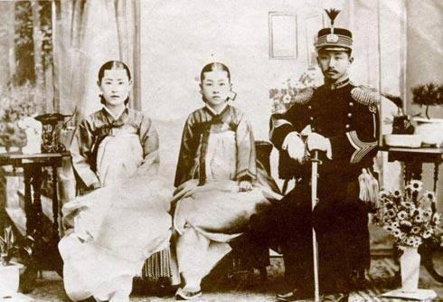 古代后宫嫔妃等级_古代朝鲜后宫嫔妃的地位划分-