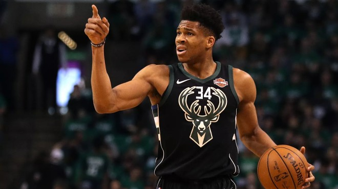 NBA公布3-4月最佳球员: 哈登字母哥当选, MVP大战强势收官(图2)