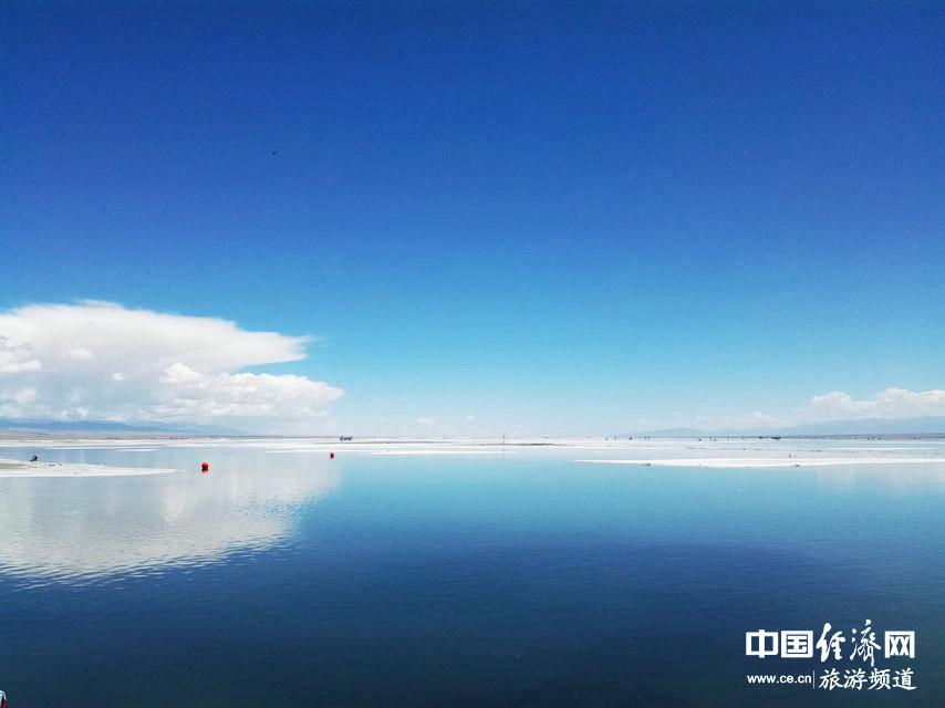 """令人神往的美景 """"天空之镜""""青海茶卡盐湖 - 微信奴"""