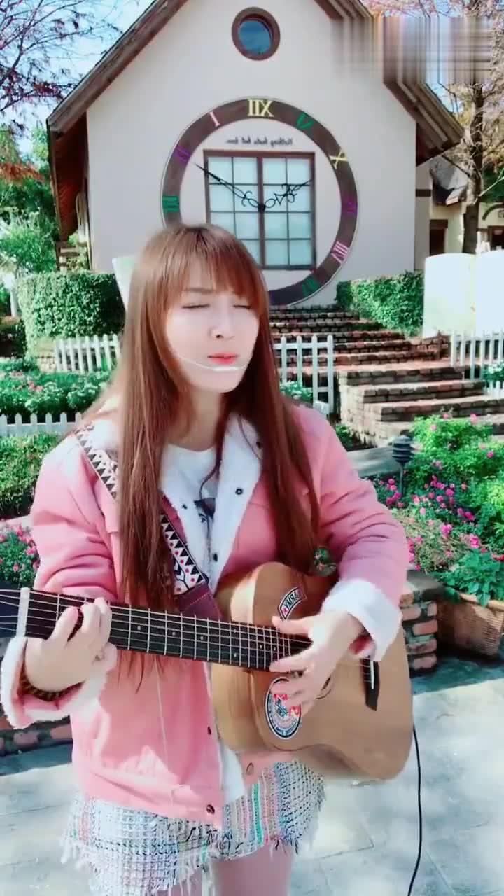 [牛人]鲁冰花_美女郝浩涵步骤广告弹唱高清教吉他v美女具体吉他图片