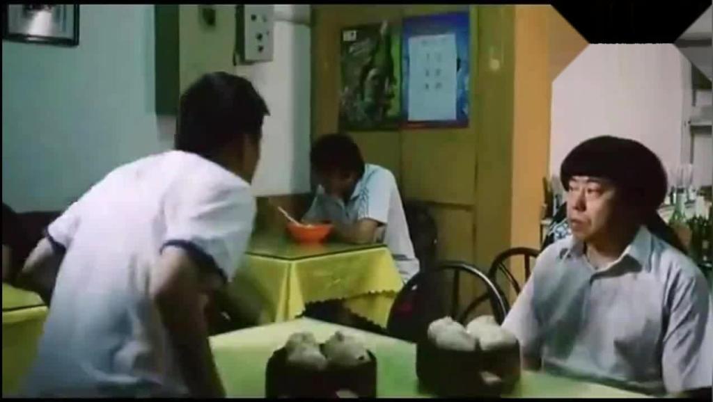 潘长江与王宝强一起吃饭,自己吃了十几笼包子,王宝强都看蒙了