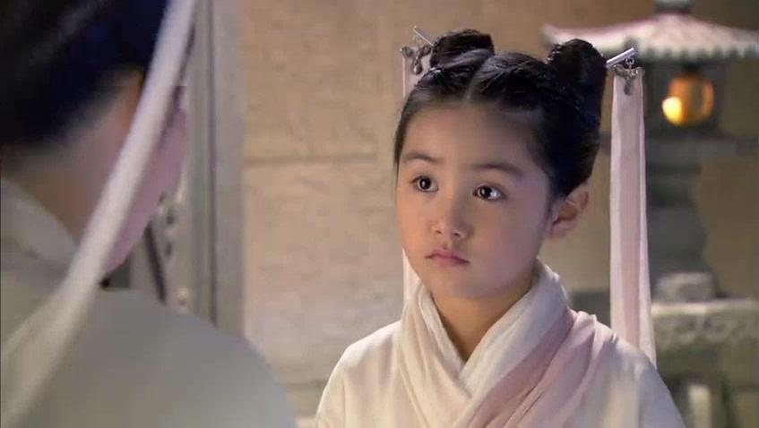 陈妍希版小龙女小时候那么可爱长大却成了包子脸,原来一切都是李莫愁搞的鬼。