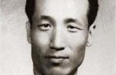 他是王牌特工, 只有毛主席等五人知道他的真实身份, 为了党组织隐姓埋名一辈子