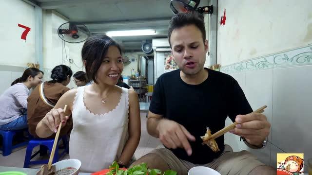 广场与朋友美食品尝河内老外,出乎意料的是结2014女性万达美食节广州时间图片
