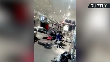 因涉嫌种族歧视,H&M南非店铺遭打砸