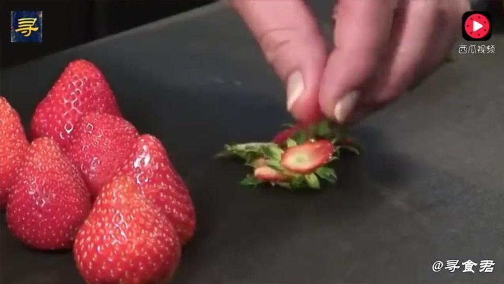 当草莓遇上分子料理,这种美味已经超乎了我的想象,太美了!