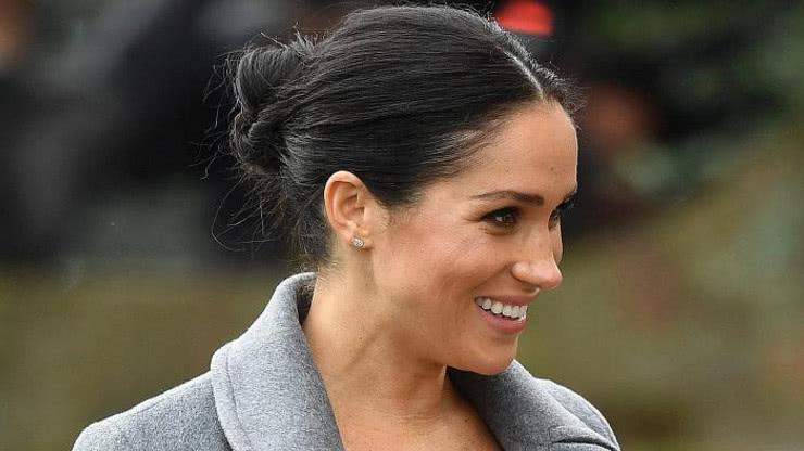 """路易王子长大, 与童年的凯特王妃""""撞脸"""", 网友: 期待梅根的宝宝"""