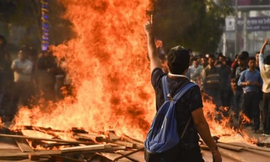 印度要变天! 6省2亿人暴乱, 西方先发制人! 这次莫迪是有口难辩了!