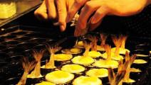 台湾夜市爆款小吃是什么?它说它叫虾扯蛋
