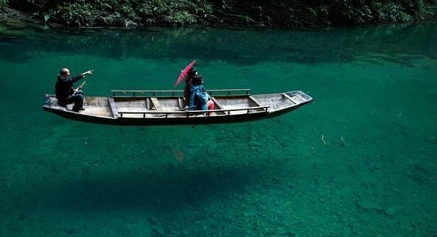湖北恩施鹤峰屏山峡谷, 竟然藏着这样一个美景, 还真是水清则无鱼