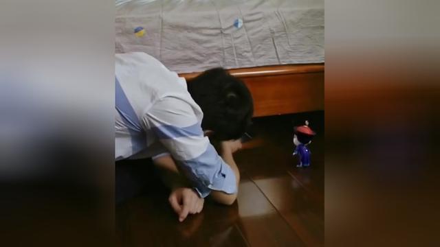 僵小鱼生日第十五弹(锐比沙发)_土豆视频