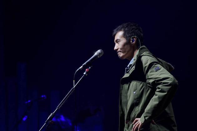 朴树北京演唱会哭了 对新专辑后期不满意听完暴怒
