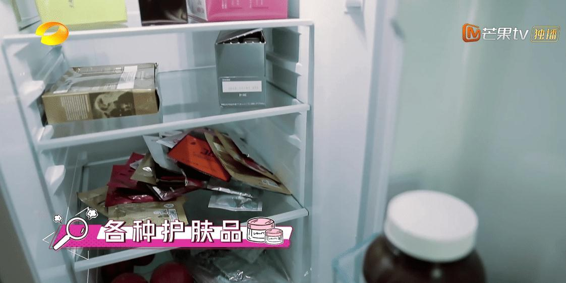 《我家那闺女》吴昕家曝光, 衣架放地上杂乱不堪, 3个冰箱成亮点(图10)