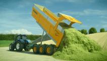 给自己定个小目标: 做一个快乐悠闲的农场主,有这些大型农业机械就够了