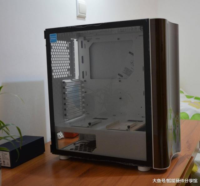挑战者H3机箱尝鲜,人性化设计,轻松打造电竞机箱(图3)