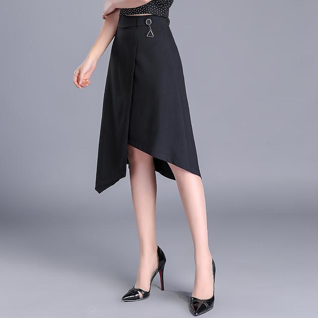 不规则半身裙_不规则半身裙, 个性与妩媚的碰撞