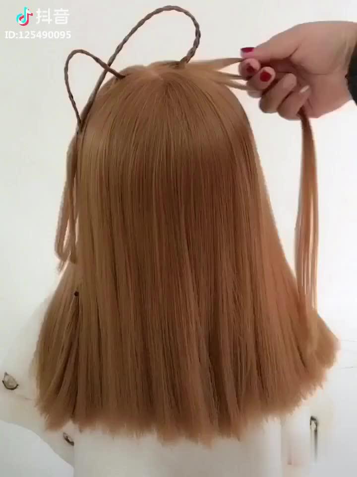 梳头气质发型步骤图