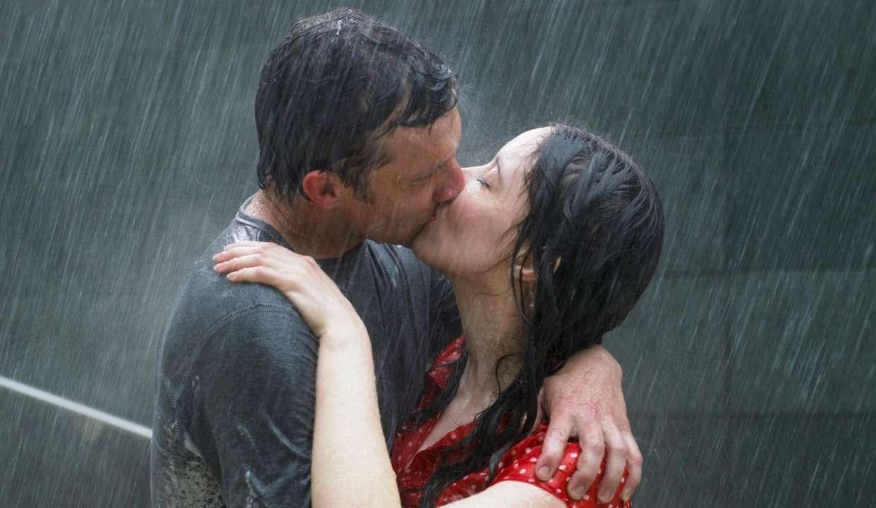 看完可过吻技四级 情人节精美KISS壁纸放送