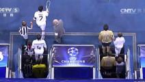 天下足球——回顾那些皇马球迷伯纳乌送出的掌声!