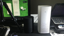 给两个智能音箱搭话聊天,结果他俩就开始尬聊了,黑科技厉害了
