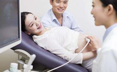 过了孕30周, 孕妈们要了解3种信号, 关键时候不吃亏