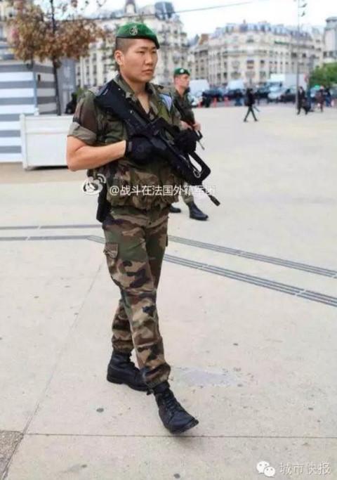 外籍军团傅晨_2011年,傅晨正式签约,成为一名装甲兵,戴上象征军团荣誉的白色高顶帽