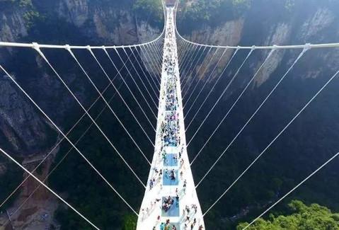 离太原不远, 一座横跨黄河的3d玻璃桥, 比张家界的好玩10000倍!