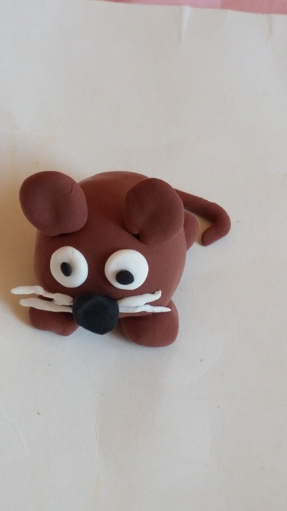 如何用彩泥做一个可爱的小老鼠 老鼠橡皮泥手工制作步骤