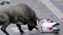 街头斗牛发生的可怕意外事件集锦,看着都疼!