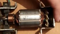 24小时给灯泡供电的电机设备,是牛人用搅拌机发明的