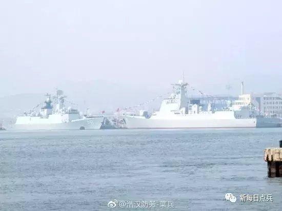 中国航母编队配置将实现八驱八盾 054A舰面临被淘汰