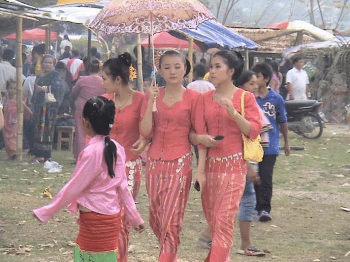 人民币5000块兑换缅甸元110万, 在缅甸能做什么? 游客: 真划算
