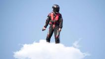 孙悟空的筋斗云成现实,牛人发明飞行神器时速达150公里